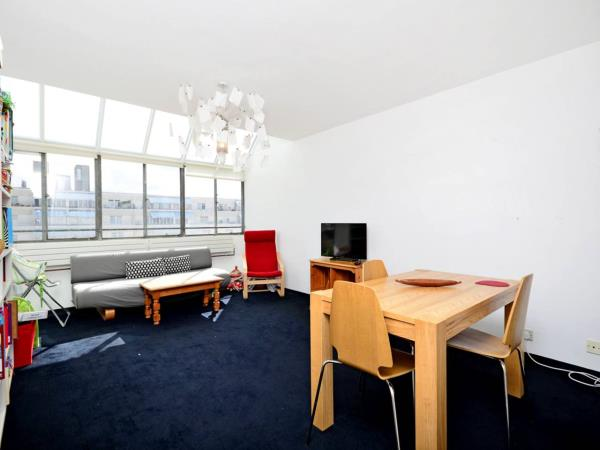 Property & Flats to rent with Foxtons (West End) L2L1204-580