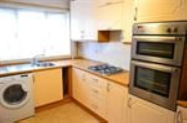 Property & Flats to rent with Letsville London L2L1231-295