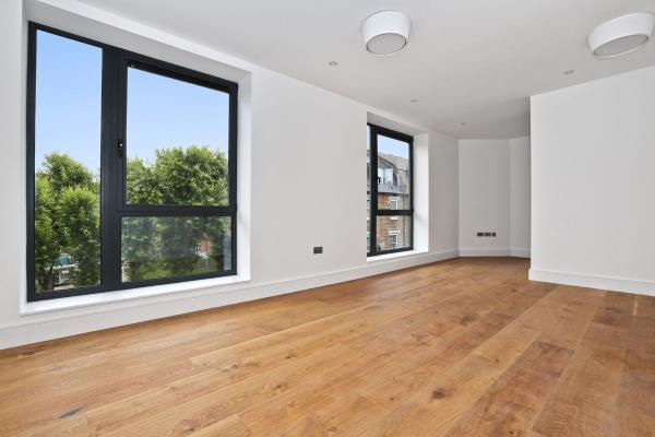 Property & Flats to rent with Letsville London L2L1231-297
