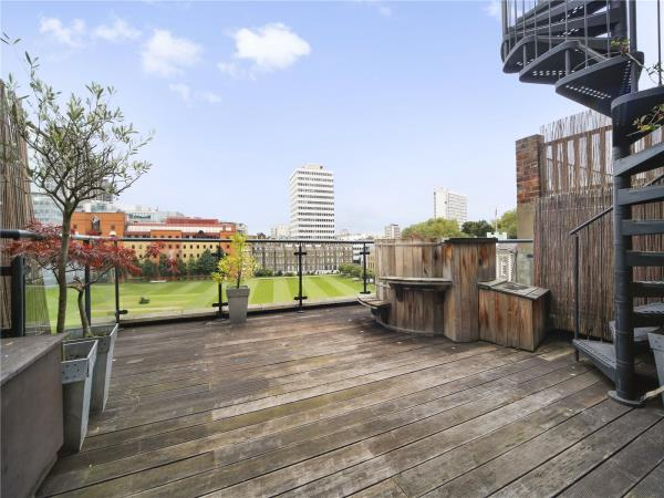 Property & Flats to rent with Marsh & Parsons (Shoreditch) L2L13373-107