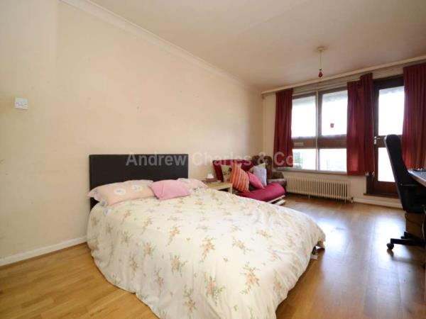 Property & Flats to rent with Apple Green Lettings L2L1393-707