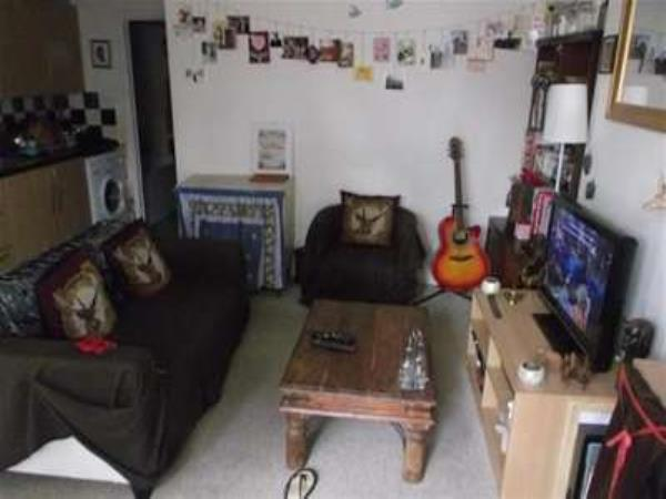 Property & Flats to rent with Bairstow Eves (Lettings) (Stratford) L2L1461-361