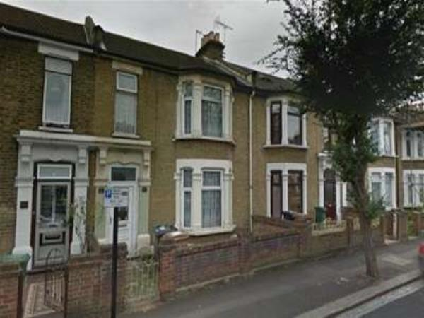 Property & Flats to rent with Bairstow Eves (Lettings) (Leyton) L2L1476-154