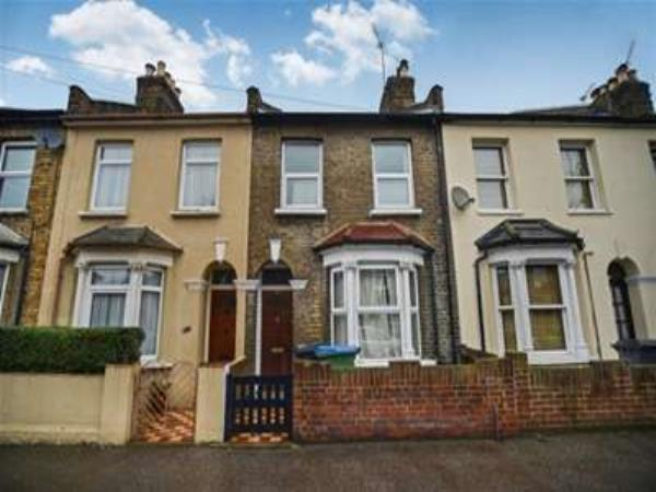 Property & Flats to rent with Bairstow Eves (Lettings) (Leyton) L2L1476-216