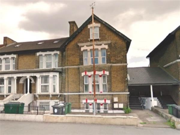 Property & Flats to rent with Bairstow Eves (Lettings) (Leyton) L2L1476-224