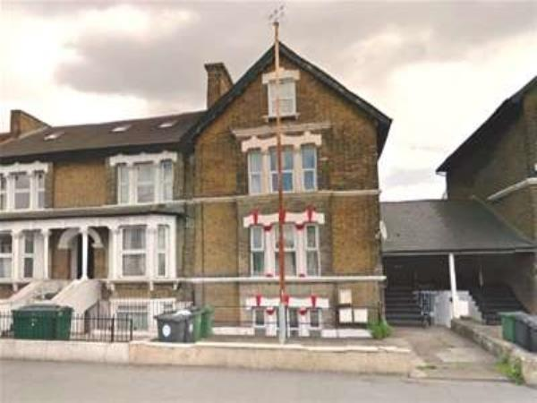Property & Flats to rent with Bairstow Eves (Lettings) (Leyton) L2L1476-225