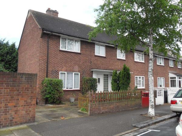 Property & Flats to rent with Belvoir Lettings - Stratford L2L1612-330