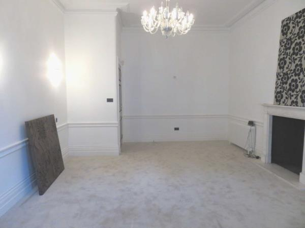 Property & Flats to rent with EJ Harris L2L2086-1095