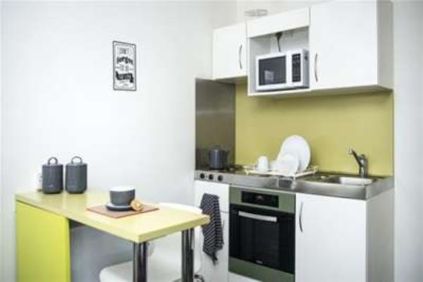 Property & Flats to rent with Gascoigne Pees (Kingston) L2L2287-288