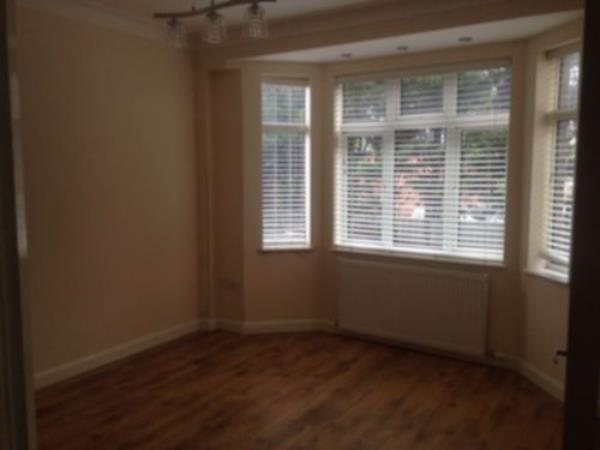 Property & Flats to rent with Flats &  Houses L2L238-281