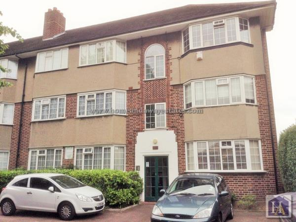 Property & Flats to rent with Home & Away Estates L2L242-194