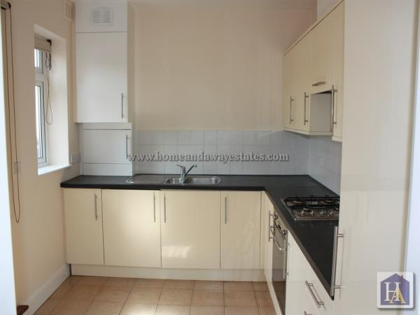 Property & Flats to rent with Home & Away Estates L2L242-377