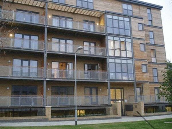 Property & Flats to rent with Lloyds Residential Bethnal Green L2L2718-5175