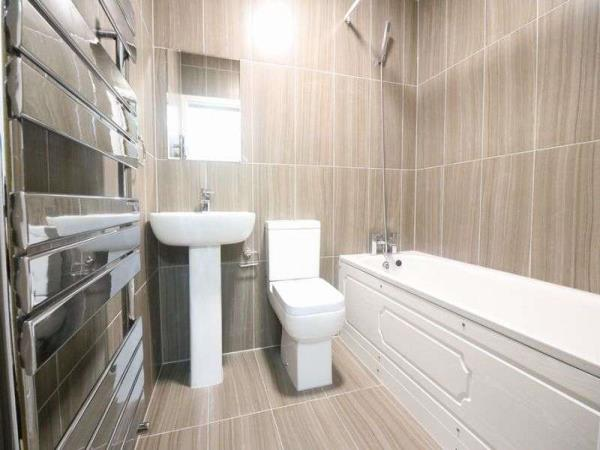 Property & Flats to rent with Lloyds Residential Bethnal Green L2L2718-5161
