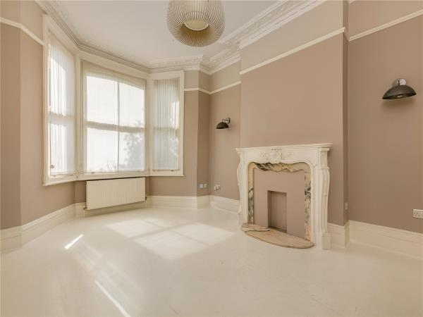 Property & Flats to rent with Marsh & Parsons (Brook Green) L2L2823-580