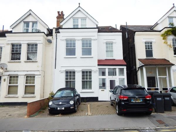 Property & Flats to rent with Sharpes Letting & property Management (London  L2L3269-586