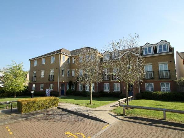 Property & Flats to rent with Leaders (Croydon) L2L3767-163