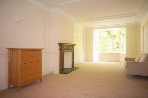 Property & Flats to rent with Hunters Marylebone L2L4544-190