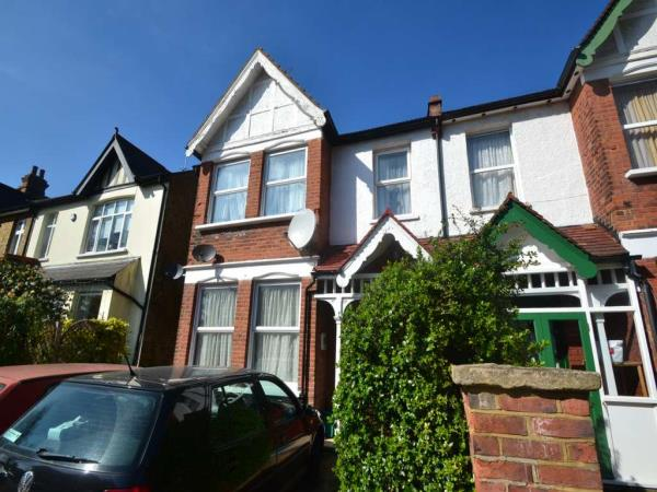 Property & Flats to rent with Curtis and Parker L2L4743-1285