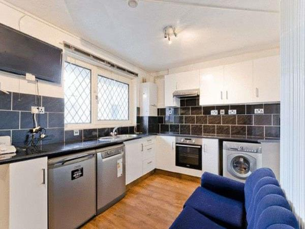 Property & Flats to rent with Lawsons & Daughters L2L5231-375