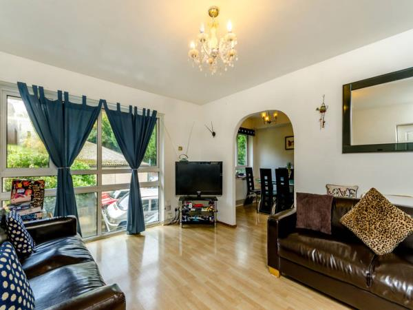 Property & Flats to rent with Foxtons Crystal Palace L2L5739-760