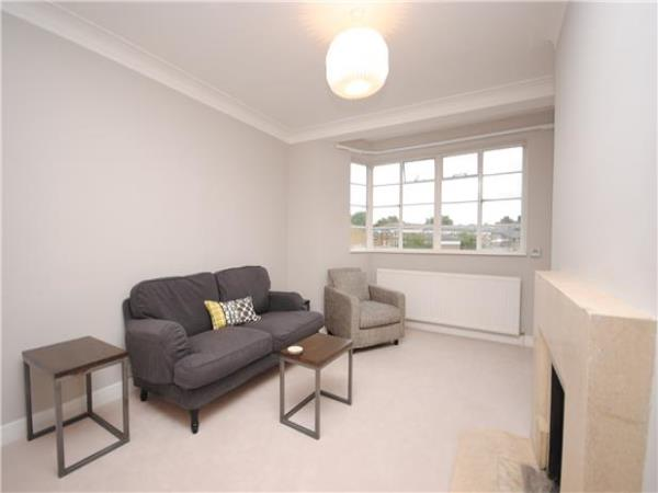 Property & Flats to rent with Andrews Estate Agents (STREATHAM) L2L5778-396