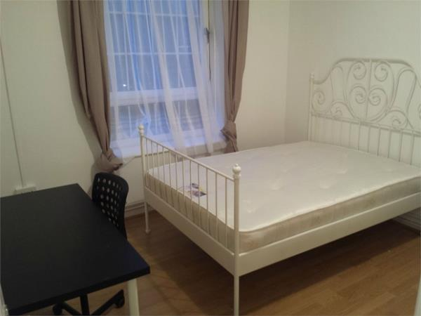 Property & Flats to rent with Hunter & Bloomfield L2L623-262